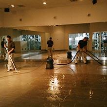 ホットヨガスタジオの除菌消臭清掃