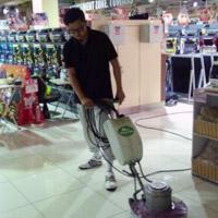 パチンコ店定期清掃